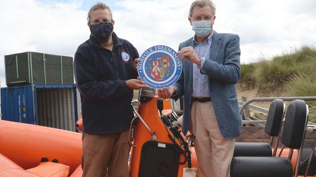 Norfolk Freemasons Donate Welfare Facilities to Sea Palling Lifeboat
